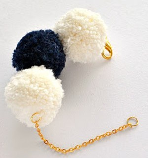 Jewelry-DIY-ideas-pompom-bracelet-designs-to-make-6